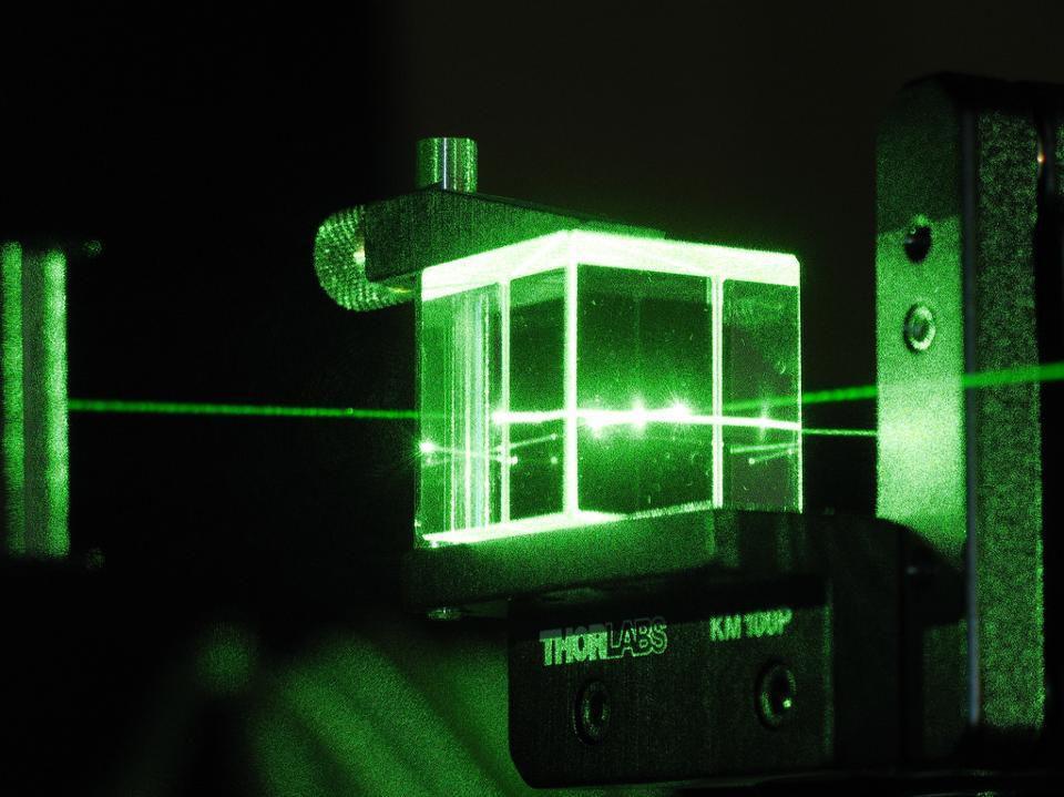 Телепортация, квантовая неопределенность и Эйнштейн