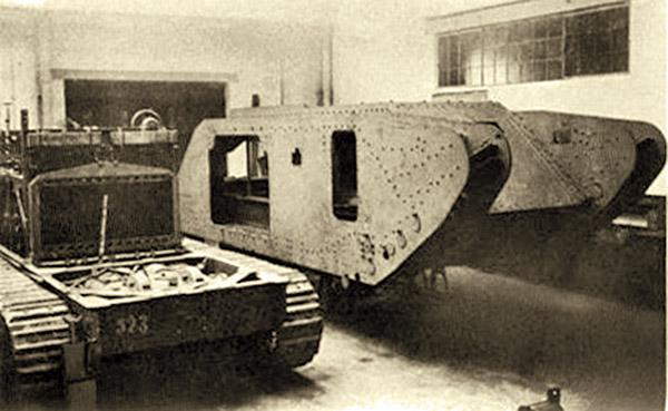 Первые немецкие танки. A7VU и сверхтяжелый «Колоссаль»