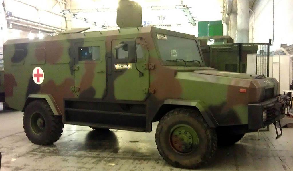 На вооружение ВСУ принята новая колесная бронированная боевая машина Козак-2М1.