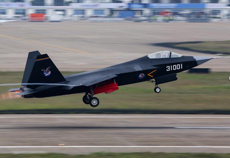 fc 31 3 Истребитель-невидимка FC-31 (J-31). «Похож на американский F-35, но намного дешевле»