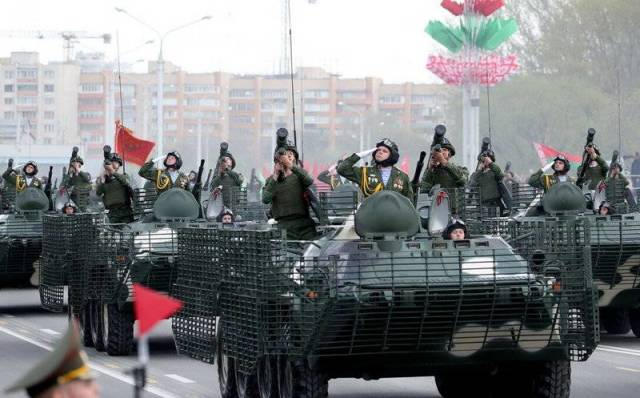 modernizirovannyj btr 3 Модернизированный БТР на параде в Минске