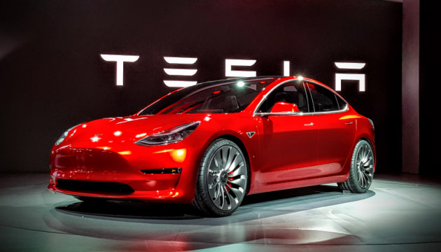 Вселенная Tesla