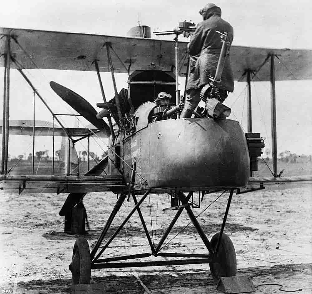 Обои вид, двигатели, Самолёт, сзади, чёрный. Авиация foto 16