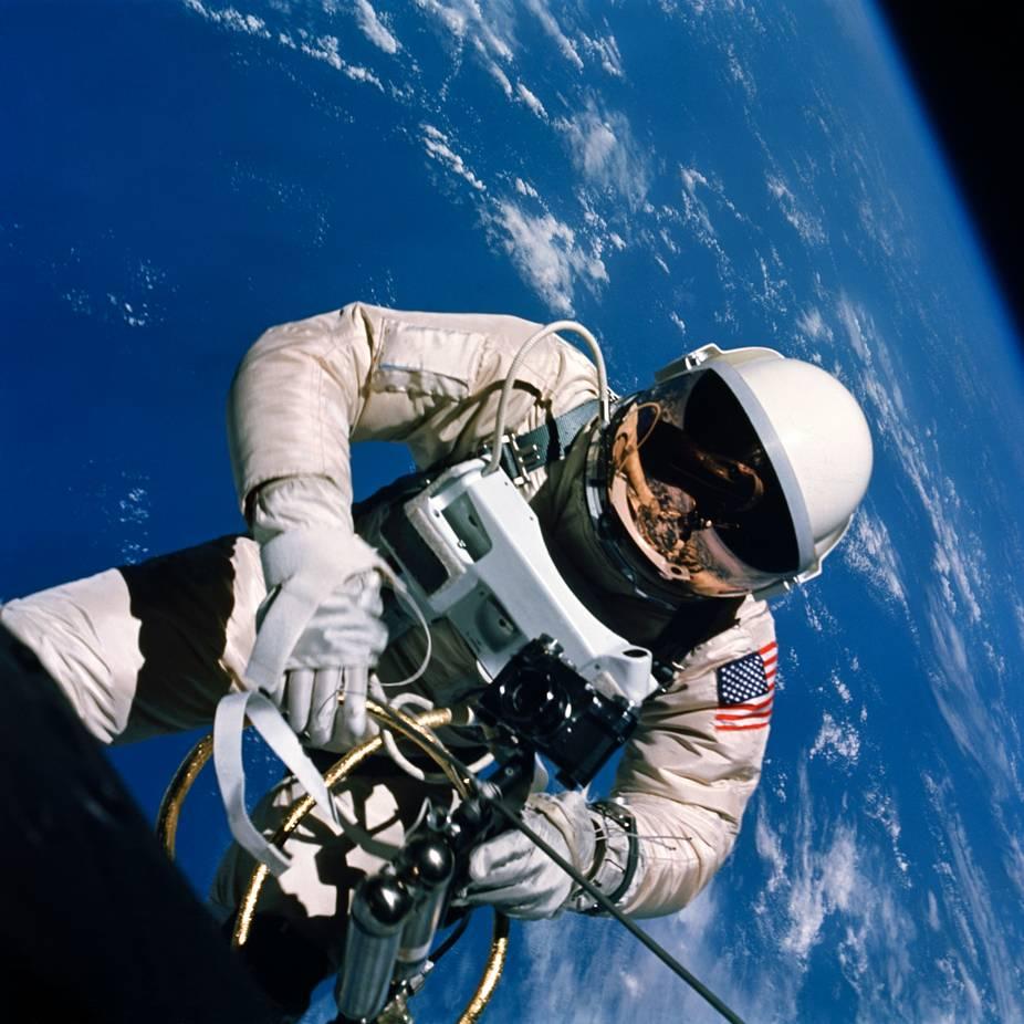 эту подборку отправить в космос фото буржуйских интерьеров- только