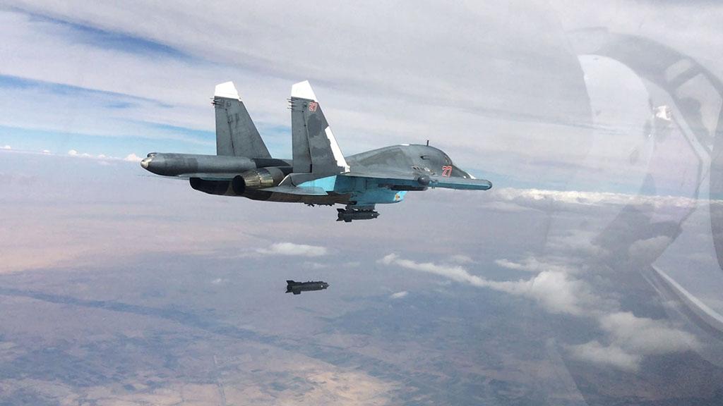 Противостояние вооружений США и России. Управляемые авиабомбы основных современных бомбардировщиков Су-34 и F-15E