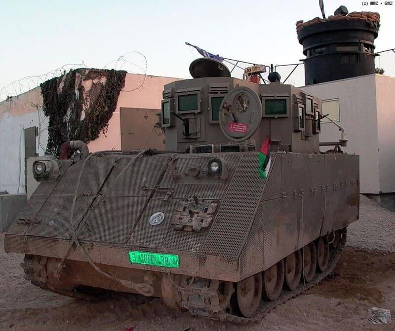 модернизация М113, машина, решетчатые экраны, башенки, бронестекла