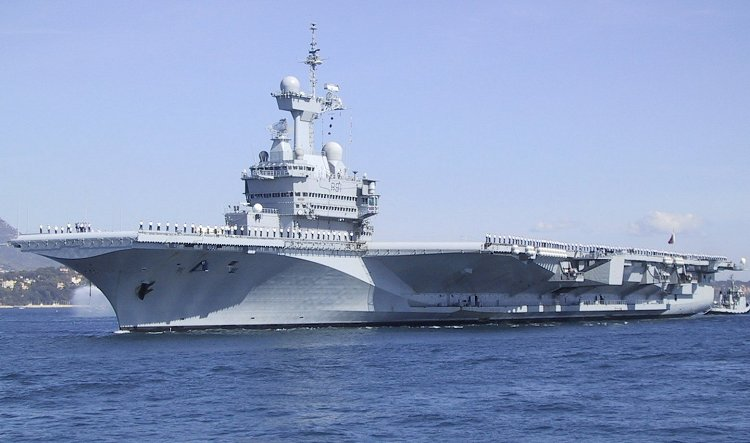 The French aircraft carrier Charles de Gaulle entered service in 2001.